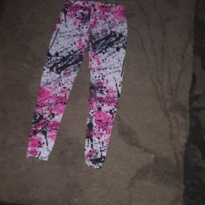 Other - GIRLS SIZE M BLACK, WHITE AND PINK LEGGINGS